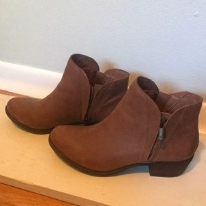 Lucky Brand Booties / Size 8